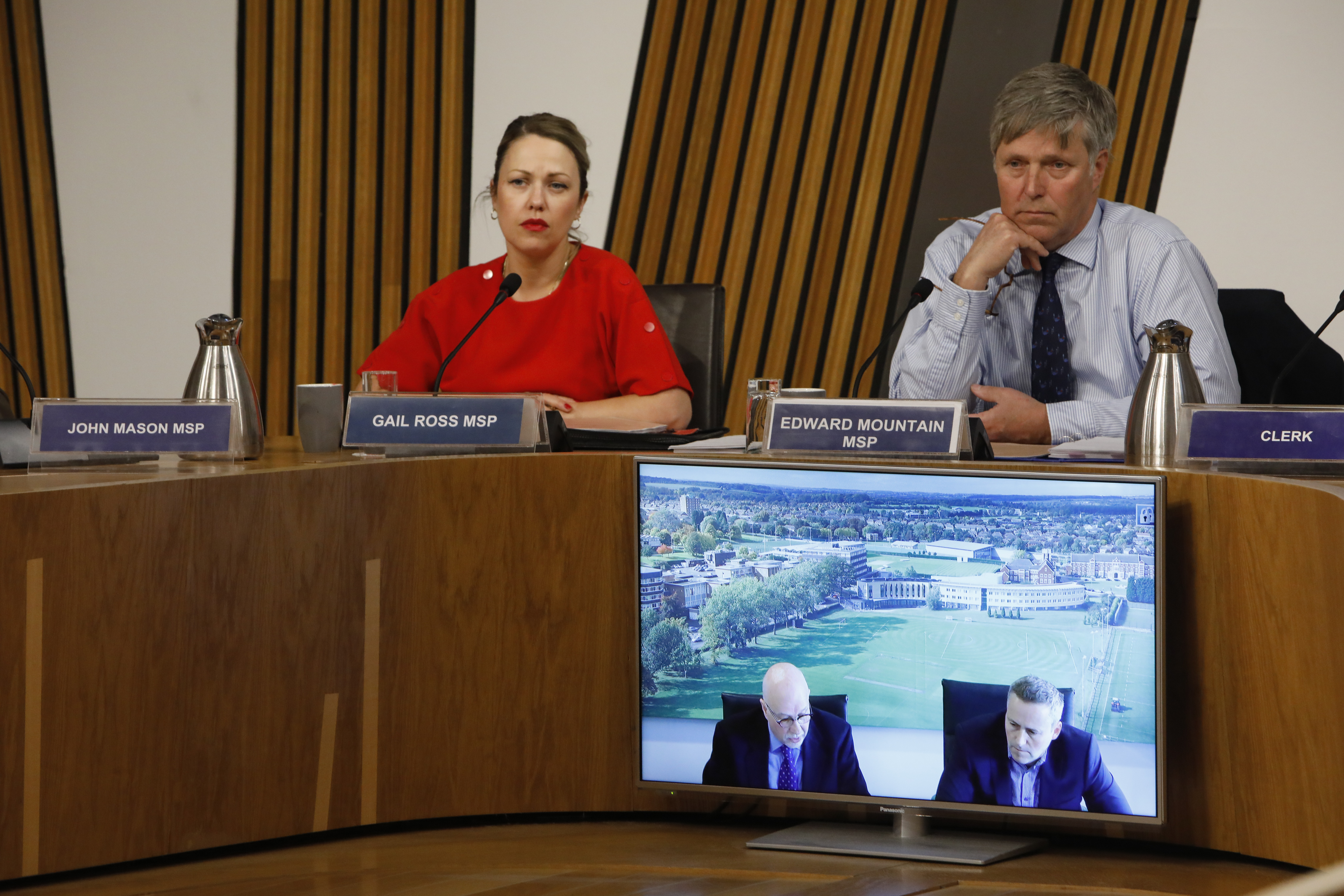 Photo of REC Committee members taking evidence on the Transport (Scotland) Bill. Evidence session 22 May 2019.